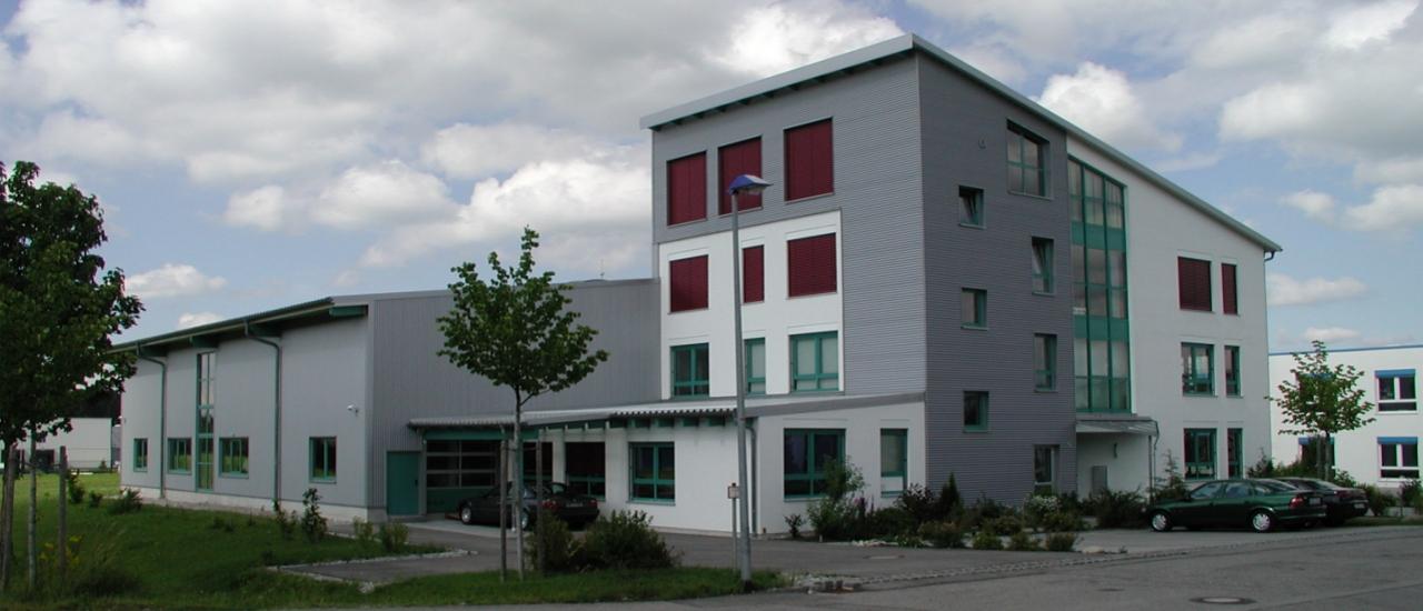 DrHAFNER_Gebaeude_Anfahrt